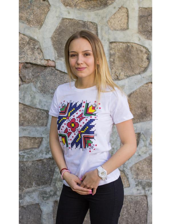 "Дамска тениска с Шевица ""Цветница"""